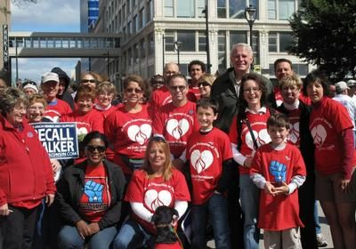 State Rep Barbara Toles & Mayor Tom Barrett with WFNHP parade marchers