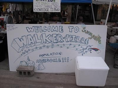 "Welcome to ""Walkerville"" sign"